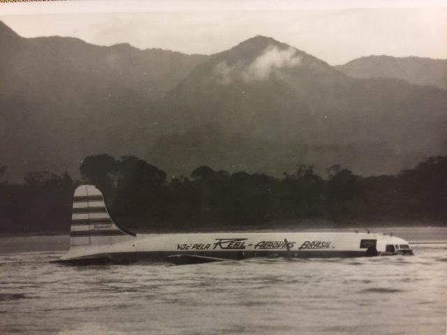 Raro pouso no mar salvou 39 pessoas em 1957