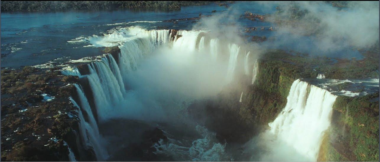 O fim de Sete Quedas com a formação do Lago de Itaipú