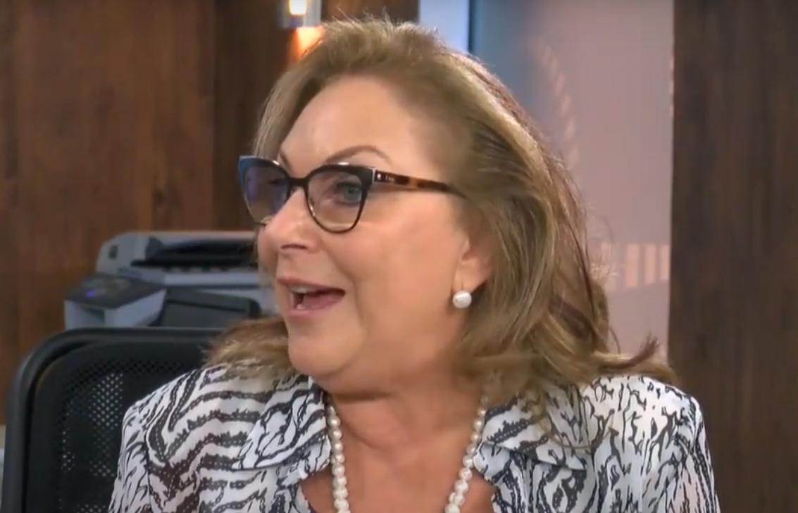 """Sheila Rigler explica como é uma """"Agência de Casamentos"""""""