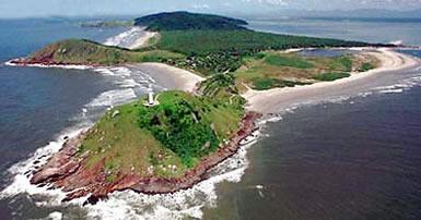 A história da Ilha do Mel e do forte contra piratas